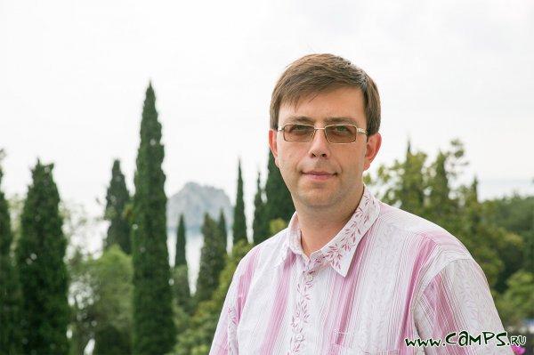 Интервью с заместителем директора по образованию МДЦ «Артек» Юрием Владимировичем Ээльмаа